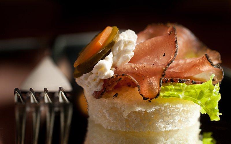 kulinarna fotografiya sandvichi i hapki