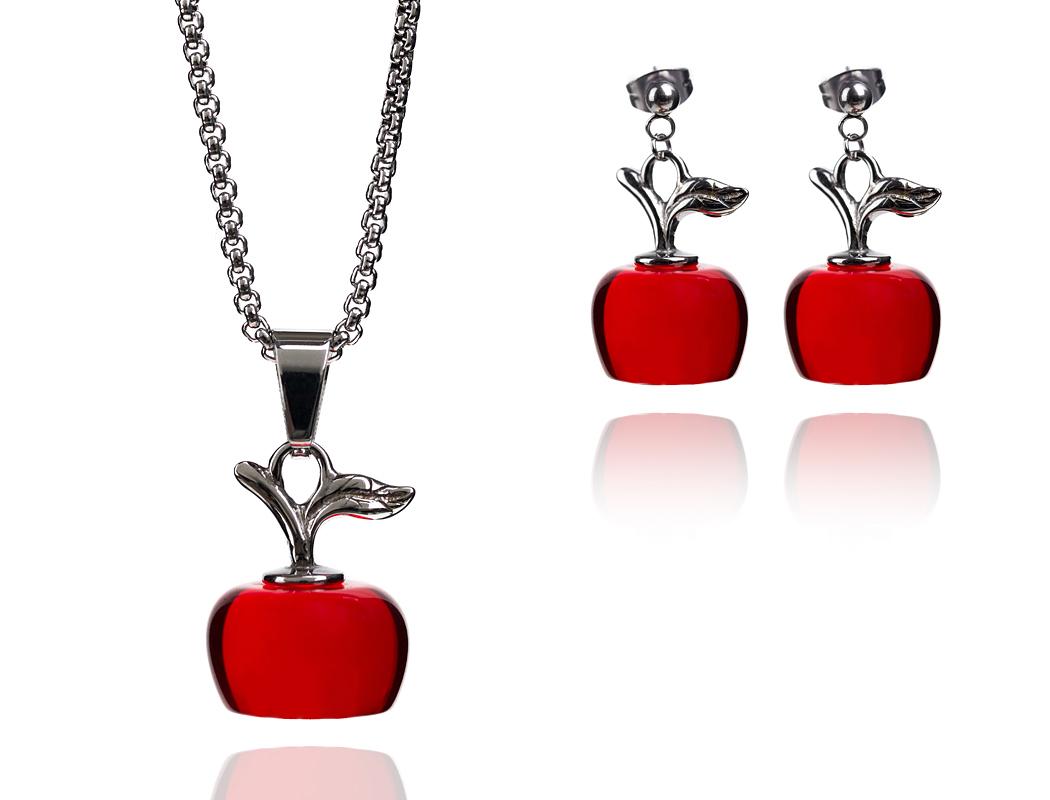 jewelry продуктова фотография на комплект обеци и колие червена ябълка