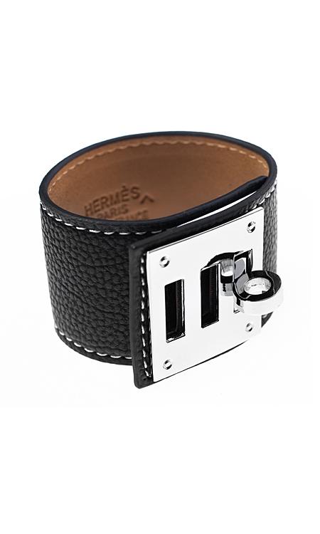 jewelry продуктова снимка на гривна от кожа