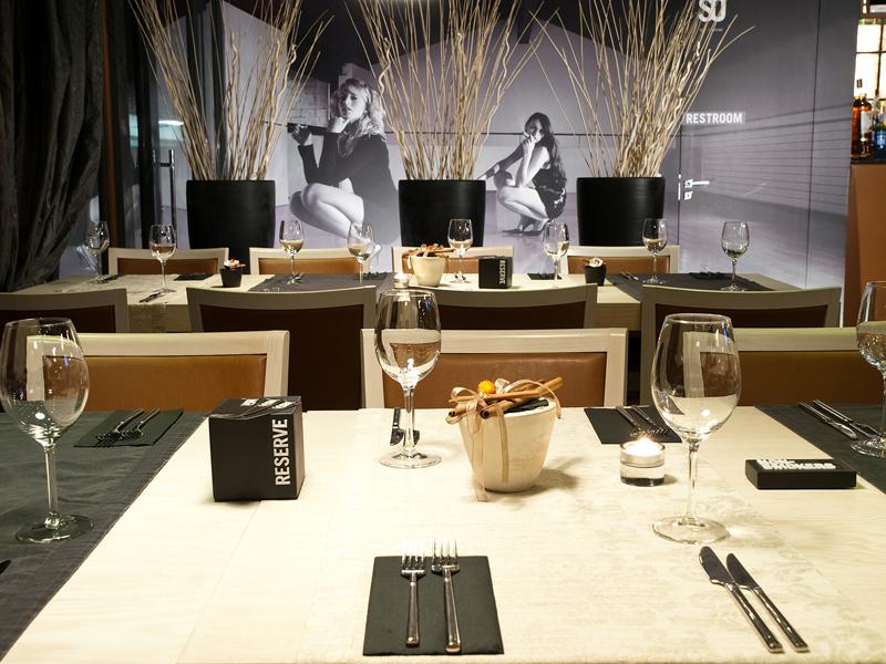 интериорна фотография Интериор Beso Bar&Dinar